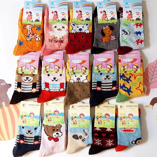 秋冬款儿童兔羊毛袜子批发 卡通 加厚保暖 防臭