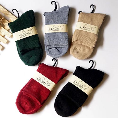 冬季新品 女士糖果色毛圈女袜子 纯色加厚保暖 纯棉毛巾袜批发