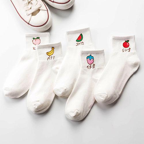 秋冬新款女士中筒袜子  舒适透气 卡通水果 清新学院风女袜