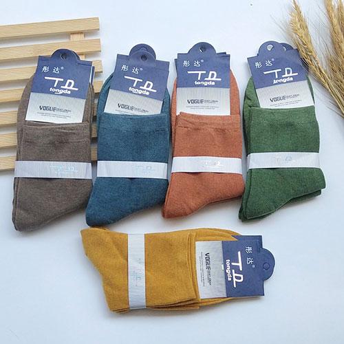 秋冬季 男士中筒棉袜子  纯色复古休闲透气  商务男袜子批发