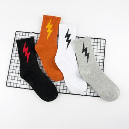 秋冬款男士长筒棉袜子批发 闪电街头滑板袜子 个性潮流