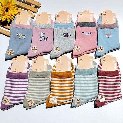 秋冬新款 卡通图案  条纹女士中筒棉袜子批发