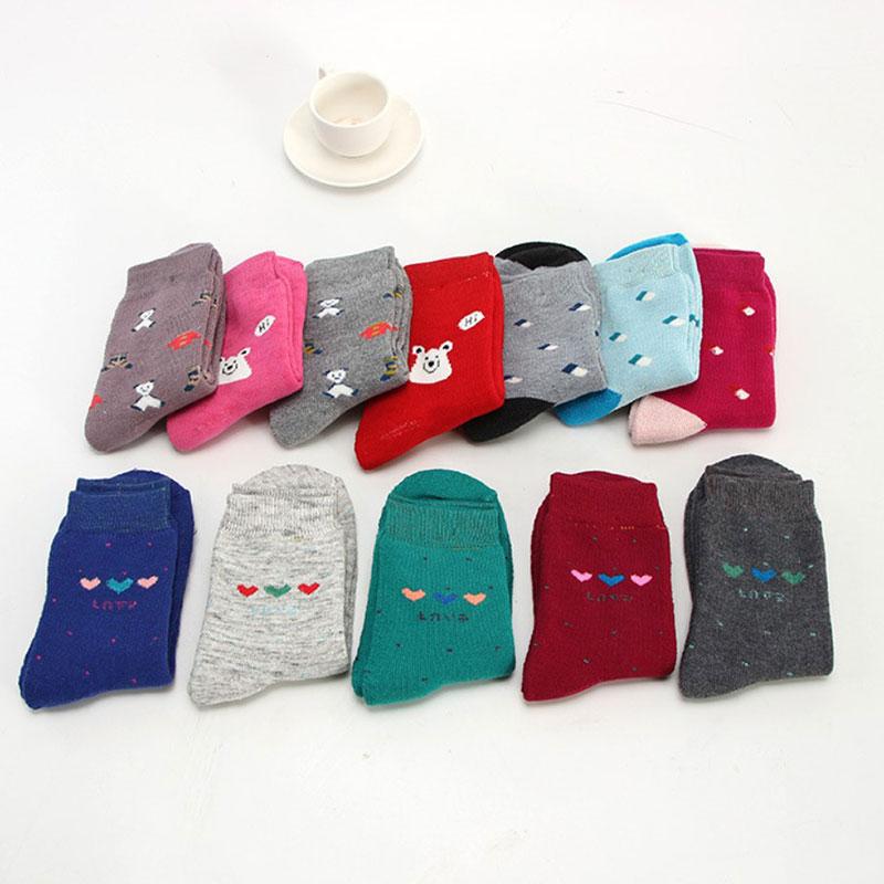 冬季女士 加厚保暖 卡通可爱 中筒毛圈袜子