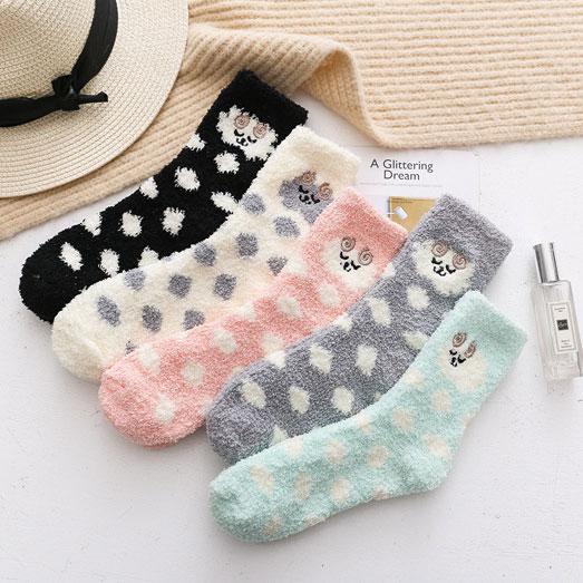冬季 女士珊瑚绒 加厚加绒卡通刺绣 睡眠袜子