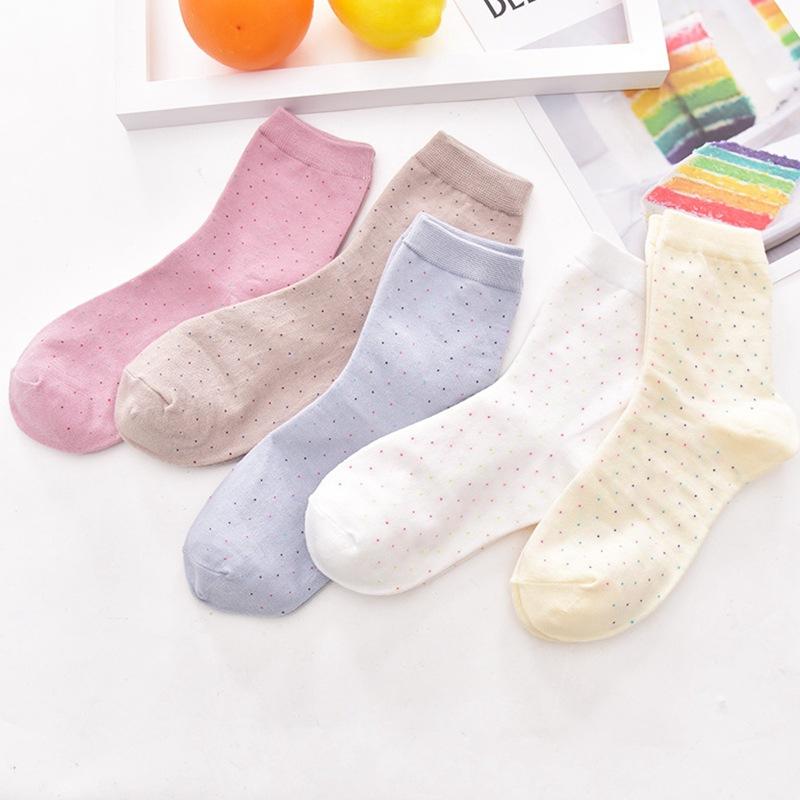 春秋女士 小圆点简约 中筒棉袜子 地摊货源袜子